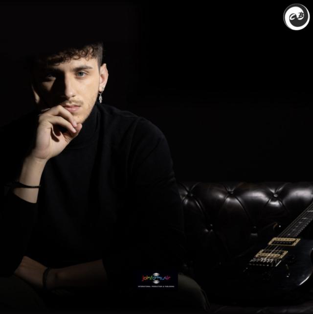 """Christian Baroni – """"Tutta mia la città"""" – Anteprima del videoclip su TuttoRock"""